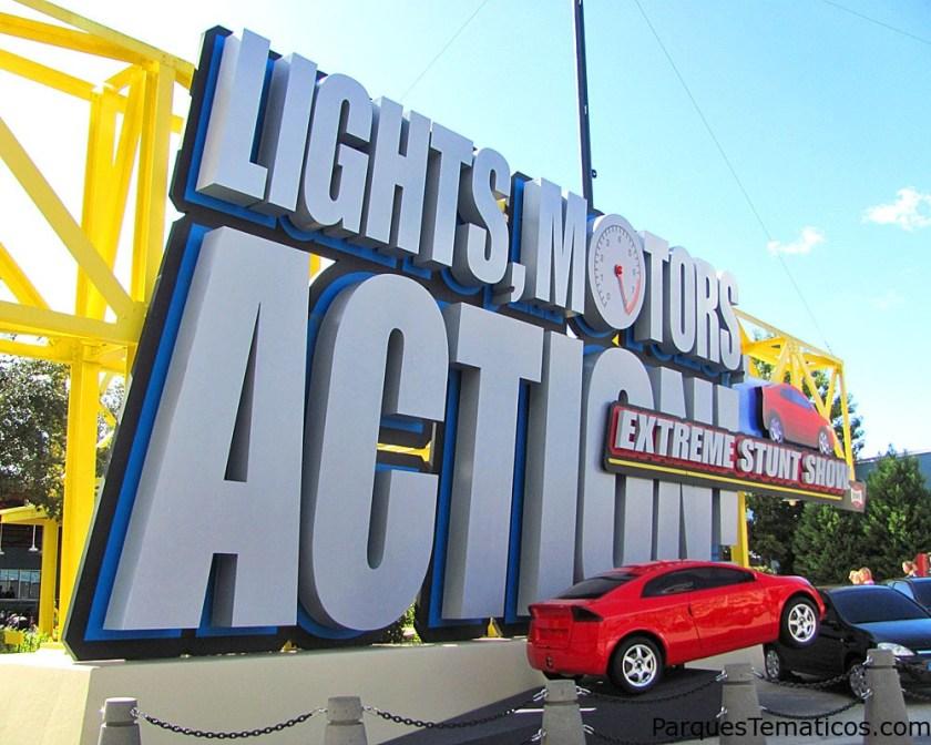 Disney Hollywood Studios - Lights, Motors, Action! Extreme Stunt Show - ParquesTematicos.com
