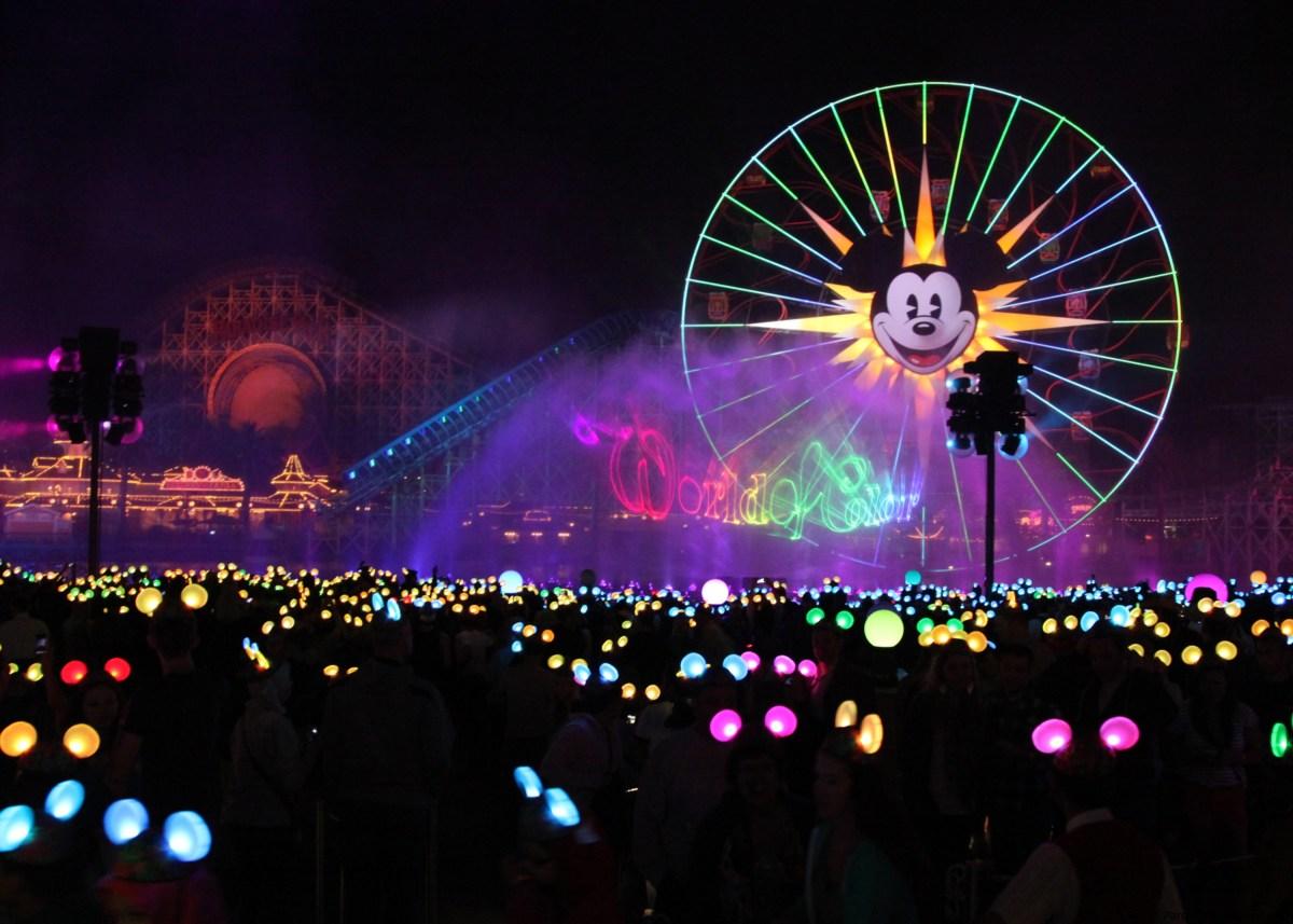'World of Color – Season of Light', 'Festival of Holidays' y el debut de la Princesa Elena de Avalor