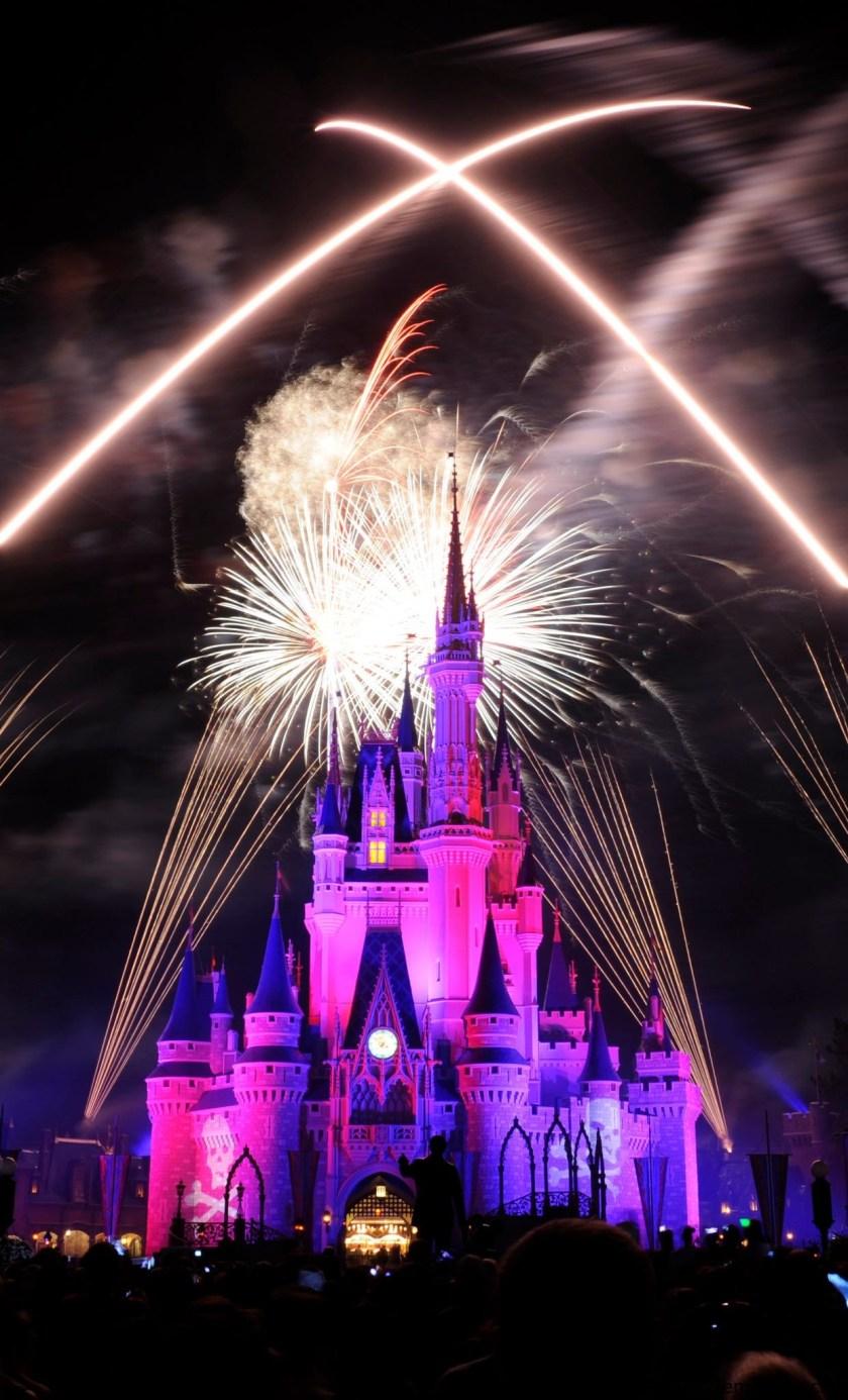 Fuegos artificiales en Magic Kingdom, como disfrutarlos sentados comiendo un rico postre