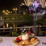 Fiesta de postres y fuegos artificiales en Tomorrowland Terrace