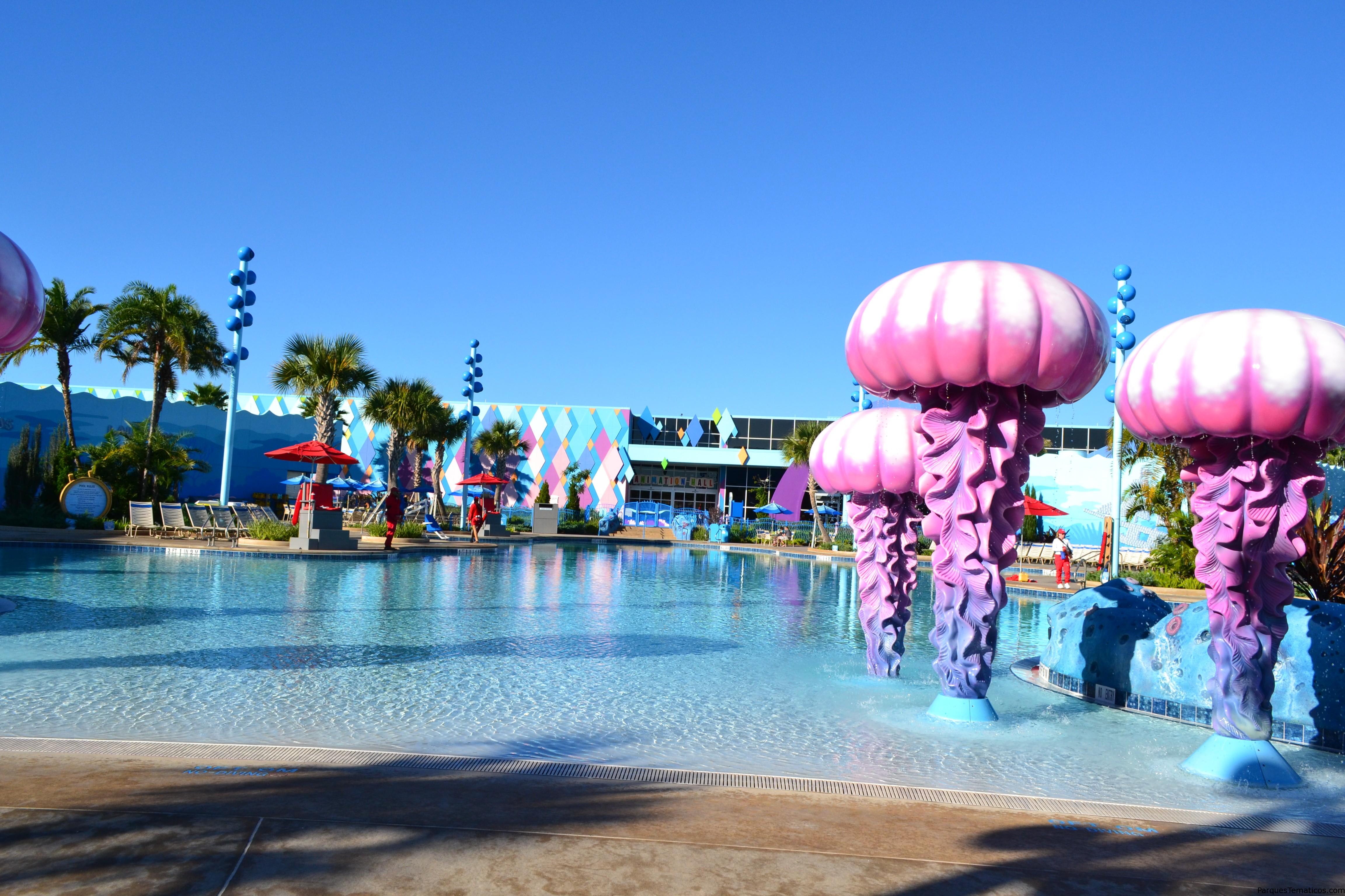Una de las vistas de la piscina de La Sirenita