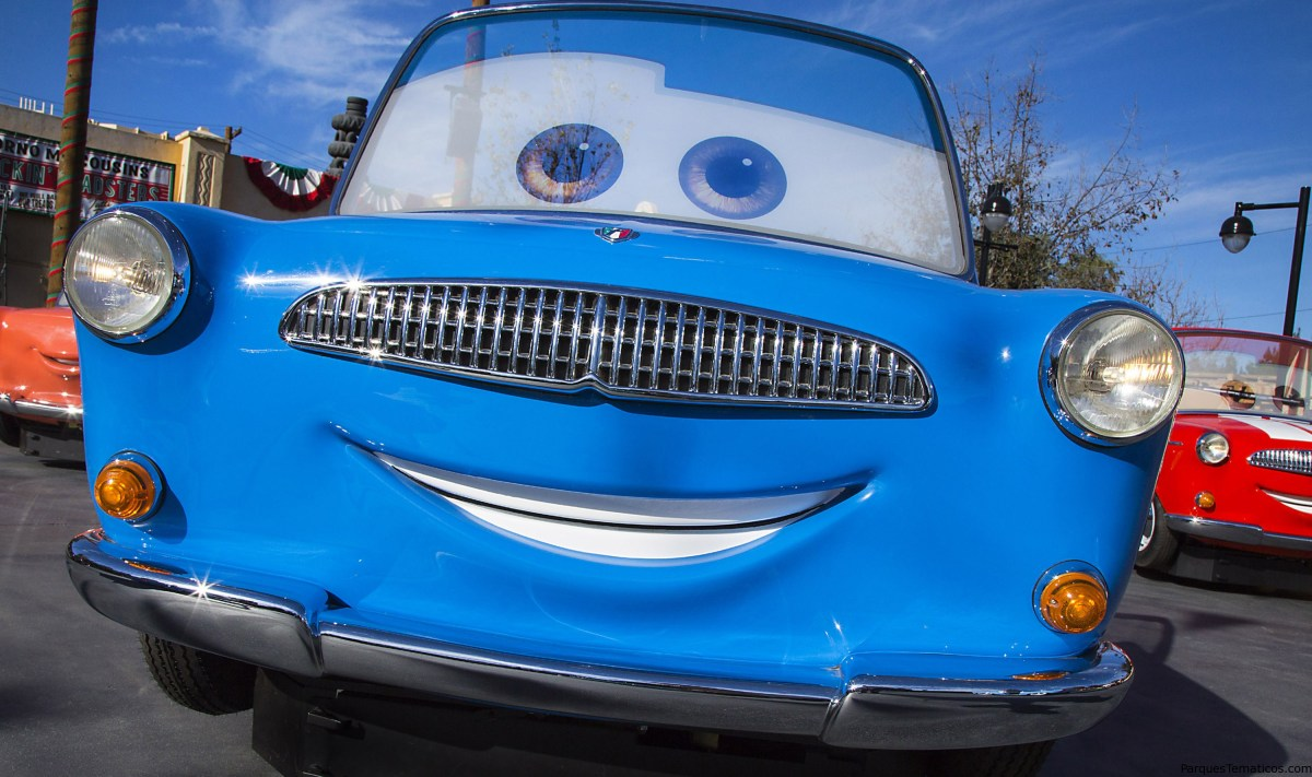 Luigi's Rollickin' Roadsters en Cars Land