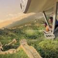 """Los huéspedes podrán celebrar la renovada atracción de Soarin """"La vuelta al mundo"""", en Disney California Adventure Park desde el 17 de junio de 2016. Esta nueva versión lleva a los visitantes en un vuelo estimulante por encima de espectaculares paisajes globales y maravillas hechas por el hombre."""