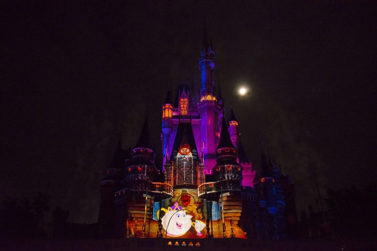 Walt Disney World estrena show de proyecciones en El Castillo de la Cenicienta
