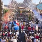 Disneyland Resort da la bienvenida a los equipos participantes del Juego del Tazón de las Rosas