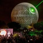 """Increíble efecto en la Esfera de Epcot, para convertirla en la """"Estrella de la muerte"""""""