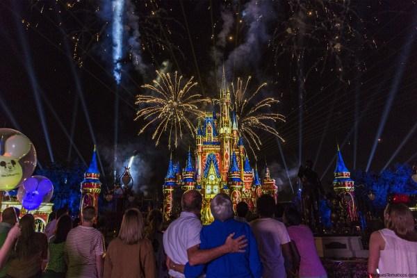 Datos curiosos sobre el nuevo show de fuegos artificiales Happily Ever After
