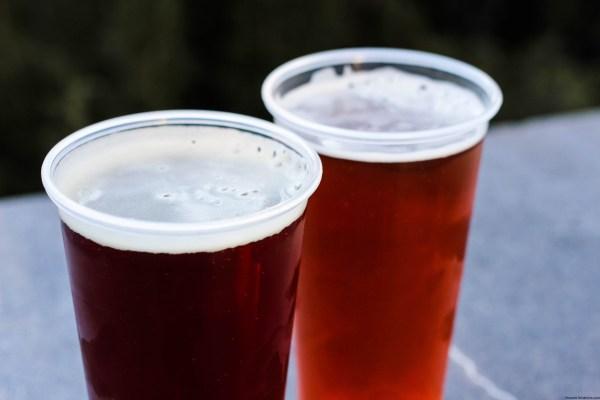 Hog's Head Brew y Dragon Scale Beer – Hog's Head Pub, The Three Broomsticks