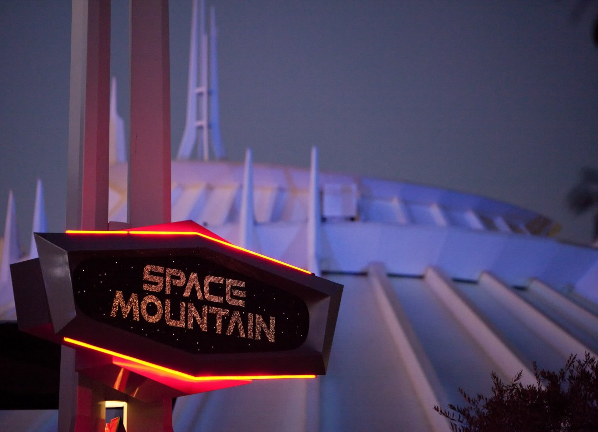 40 aniversario de Space Mountain en Tomorrowland en Disneyland Park