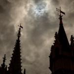 El eclipse solar histórico impresiona a los huéspedes del Walt Disney World Resort
