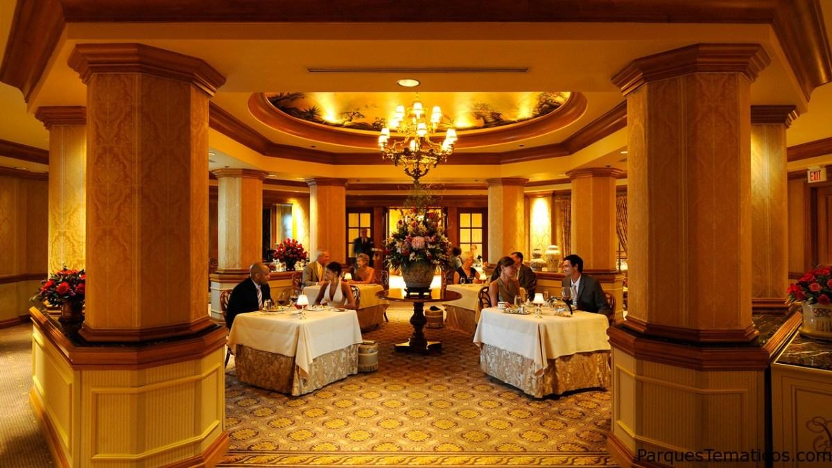 Victoria & Albert's Votado #2 Restaurante en Estados Unidos por TripAdvisor por segundo año