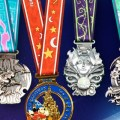Primera imagen de las medallas para el 2018 Disneyland Paris Magic Run Weekend