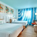 PRIMER VISTAZO: Habitaciones para Visitantes de Universal's Endless Summer Resort – Surfside Inn and Suites