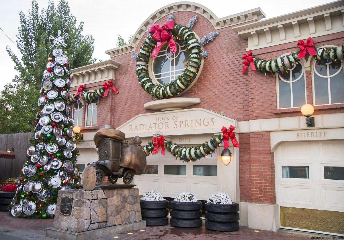 Lugares donde ver 'nieve' durante las Fiestas en el Disneyland Resort