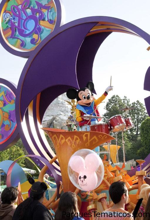 Disneylandia en California, anuncia ofertas especiales de boletos y hoteles