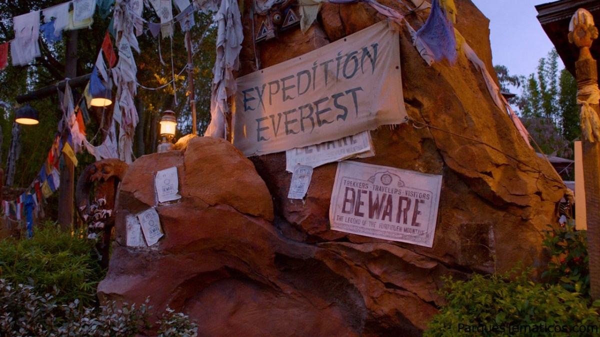 Viaje a la cima del mundo con Expedition Everest en Disney's Animal Kingdom
