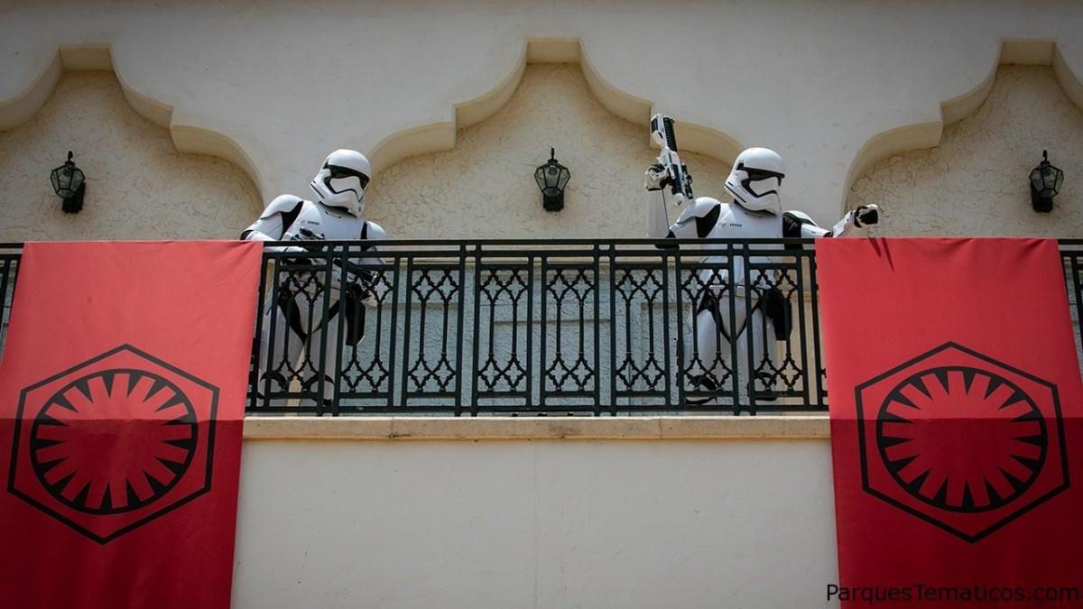 Esté atento a los soldados de asalto de A Galaxy Far, Far Away en Disney Springs
