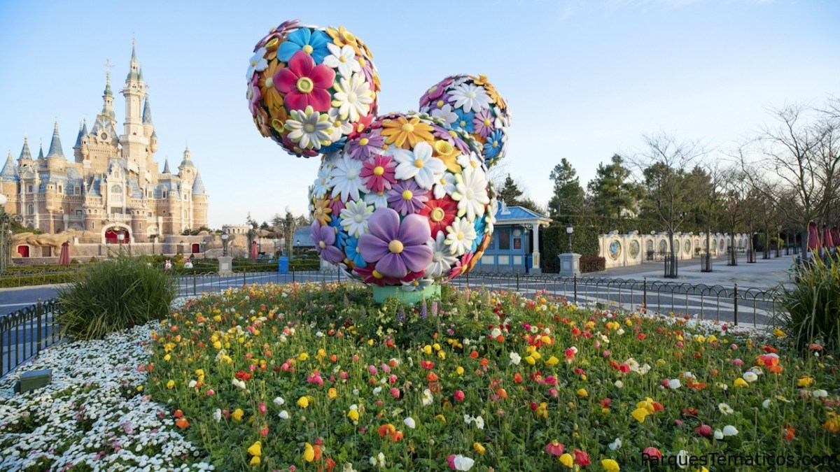 Celebrando la magia en Shanghai Disneyland