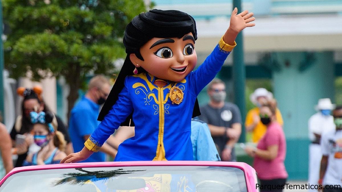 Mira la detective hace una aparición especial en Walt Disney World Resort