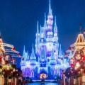 Ve detrás de la magia de las vacaciones en los parques Disney de todo el mundo