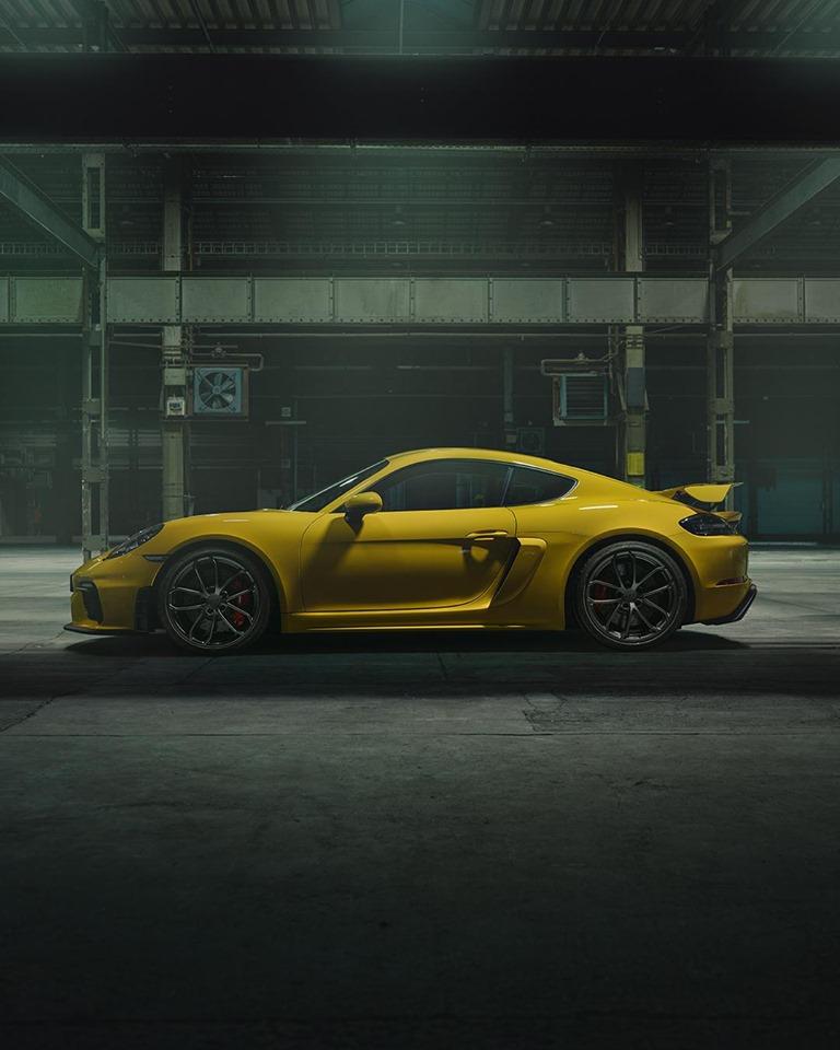 718 GT4