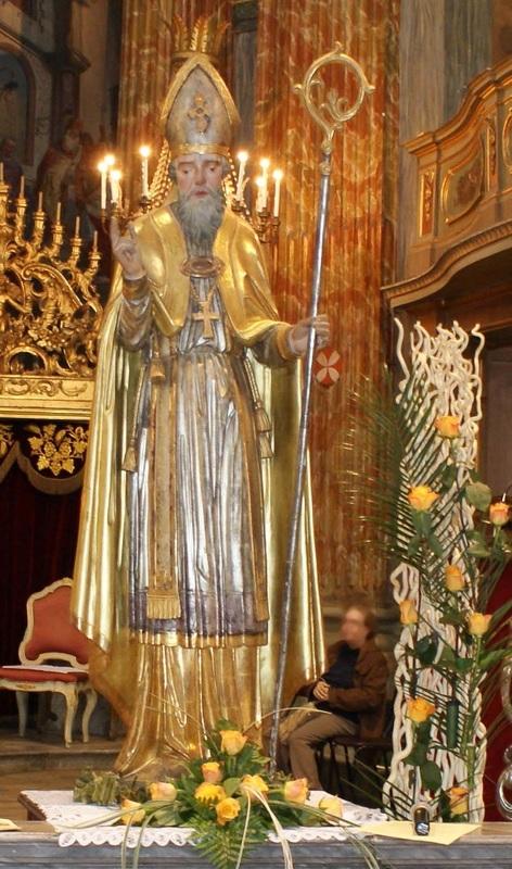 Santo patrono san Remigio  Parrocchia di Carignano Santi Giovanni Battista e Remigio