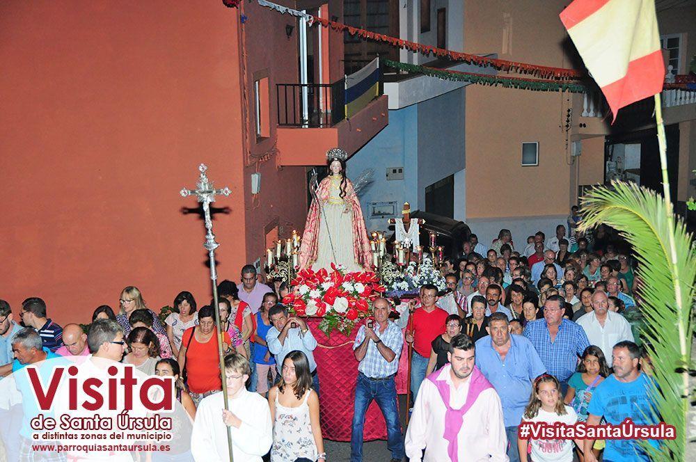 Santa Úrsula visita a los vecinos de El Lomo Hilos
