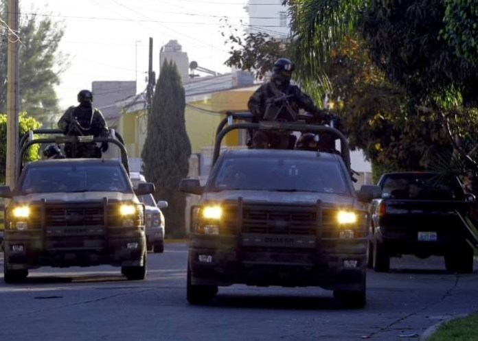 Mexico extradites son of Jalisco cartel, braces for violence