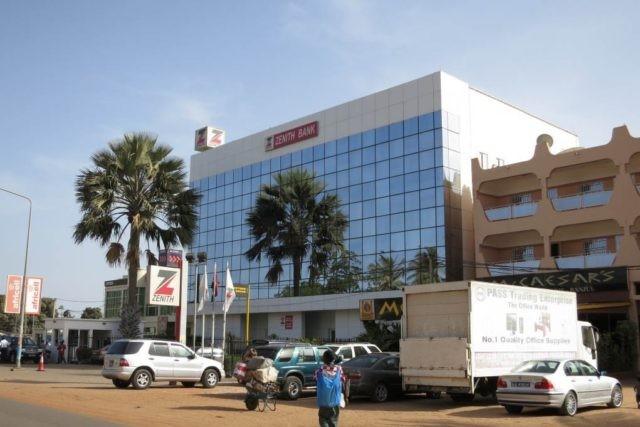 Banks adjust operations, advice on e-channels over coronavirus pandemic