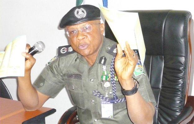 Shocker: Mad man burnt alive for killing siblings in Ogun