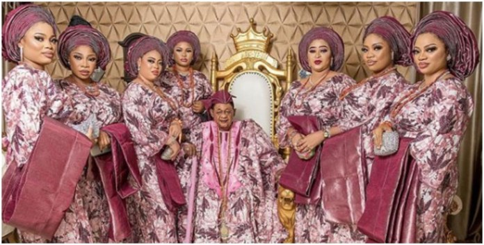 Alaafin of Oyo takes group photographs with pretty younger wives during Sallah celebration