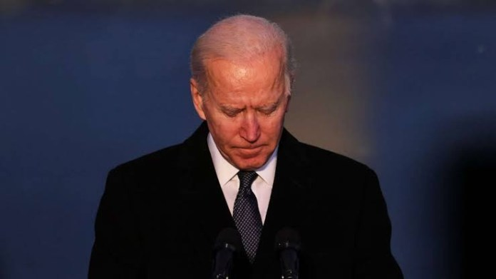 Biden to mark 500,000 COVID deaths milestone with candle-lighting, moment of silence