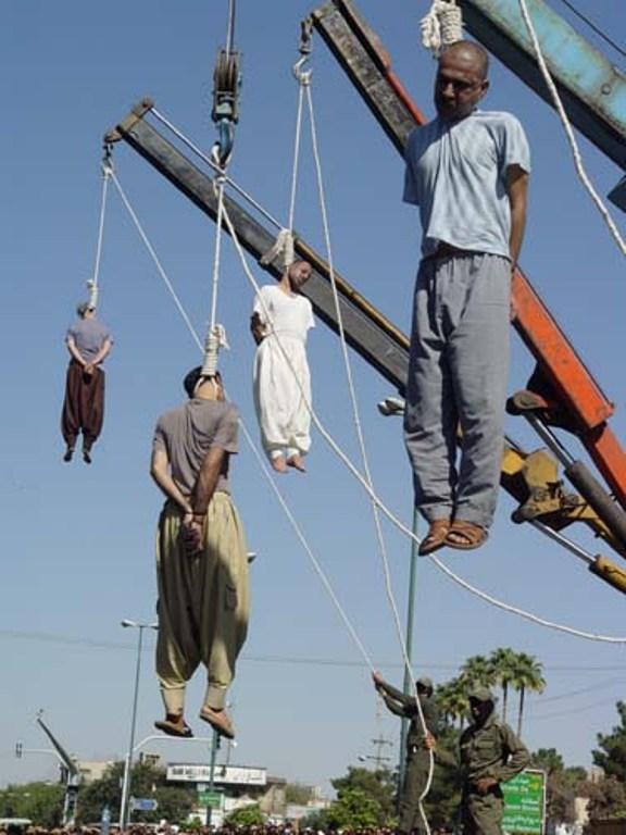 Iran: Unter dem Schleier sterben die Blumen  (1/6)