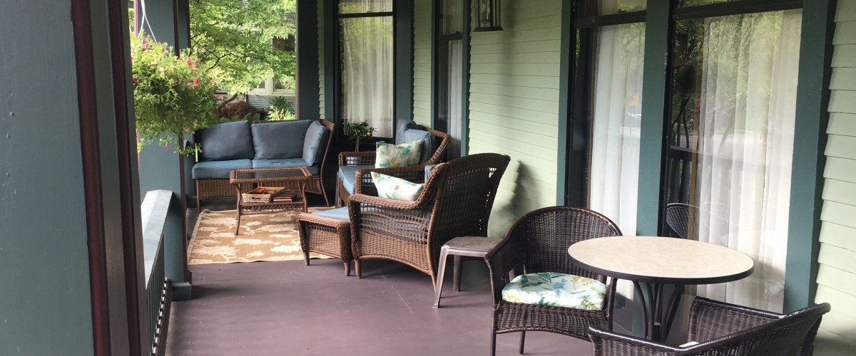 porch furniture on front porch