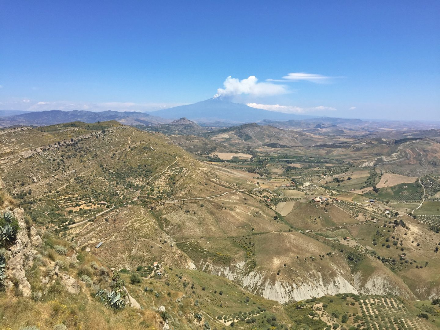 How to travel more with a full-time job Sicily