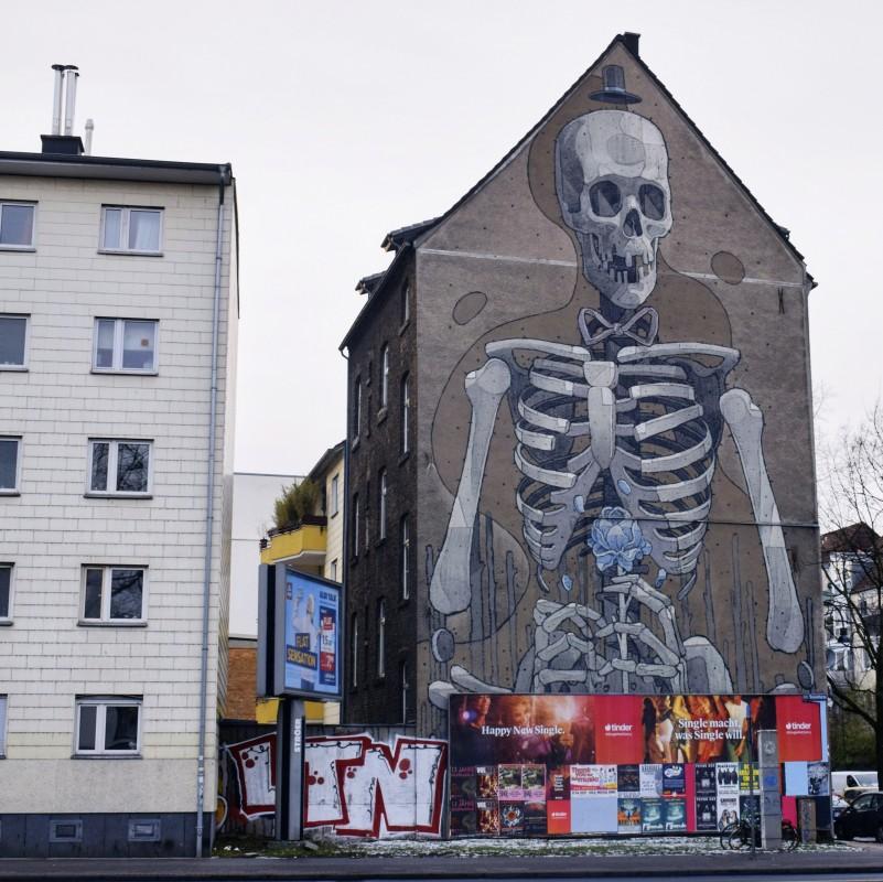 Skeleton street art sudstadt cologne germany