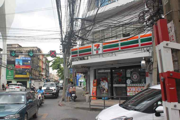 7Eleven store next to P&P Grand Residence