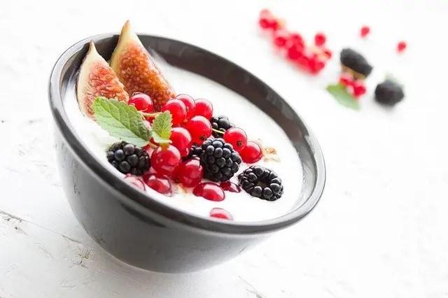 berries and cream