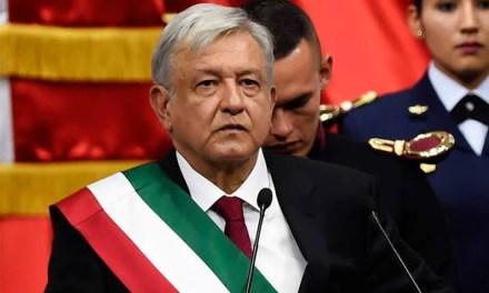 """""""Nos están entregando un país en quiebra"""": López Obrador"""