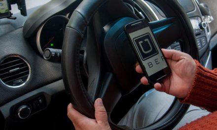 Uber es prohibido en Puerto Vallarta por Enrique Alfaro