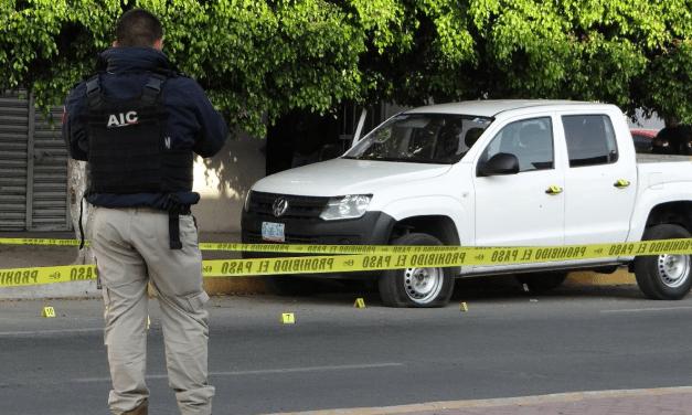 Grupo armado ataca instalaciones de la FGR en Guanajuato