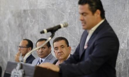 """Los """"inútiles"""" que recién cerraron la puerta en Jalisco"""