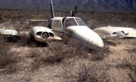 Rescatan cadáveres de aeronave accidentada en Coahuila