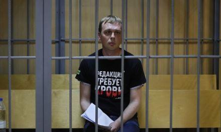 Detienen a periodista ruso que denunciaba corrupción: lo acusan de traficar droga
