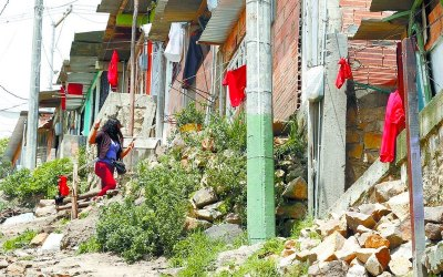 Edilesas de la Unión Patriótica acompañan a las comunidades que reclaman comida