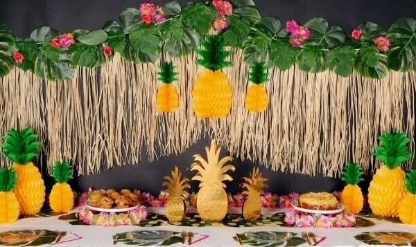 Tropical Themed Party Supplies & Decorations