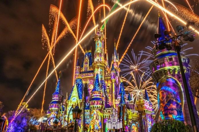 happily-ever-after-show-de-fogos-magic-kingdom-incrivel