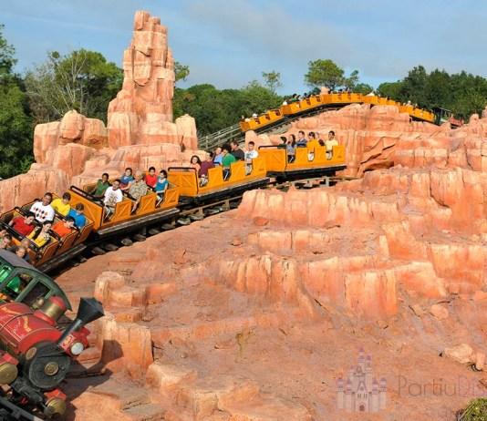 Curta a Big Thunder Mountain Railroad no Magic Kingdom