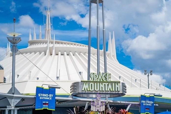 Space Mountain - Magic Kingdom