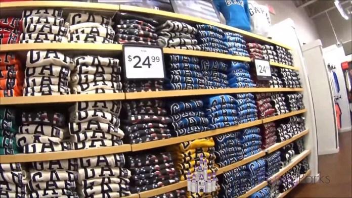 Saiba como converter as medidas de roupas e calçados nos EUA